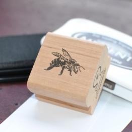 ANTSPAUDAS Bitė-0